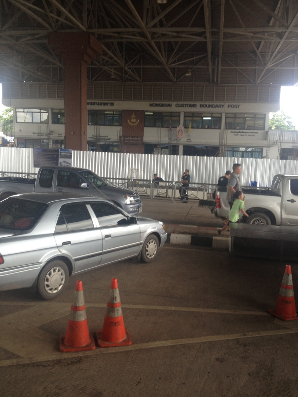 Crossing into Thailand from Laos with Your Vehicle (At Vientiane / Nong Khai)