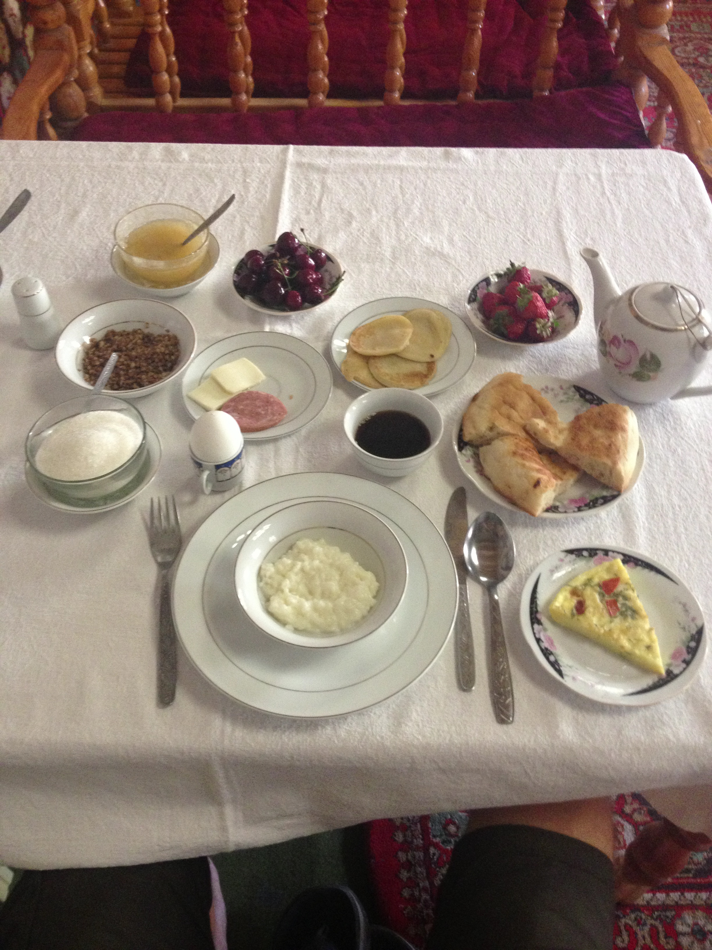 Yum Yum, breakfast at Komil Boutique Hotel