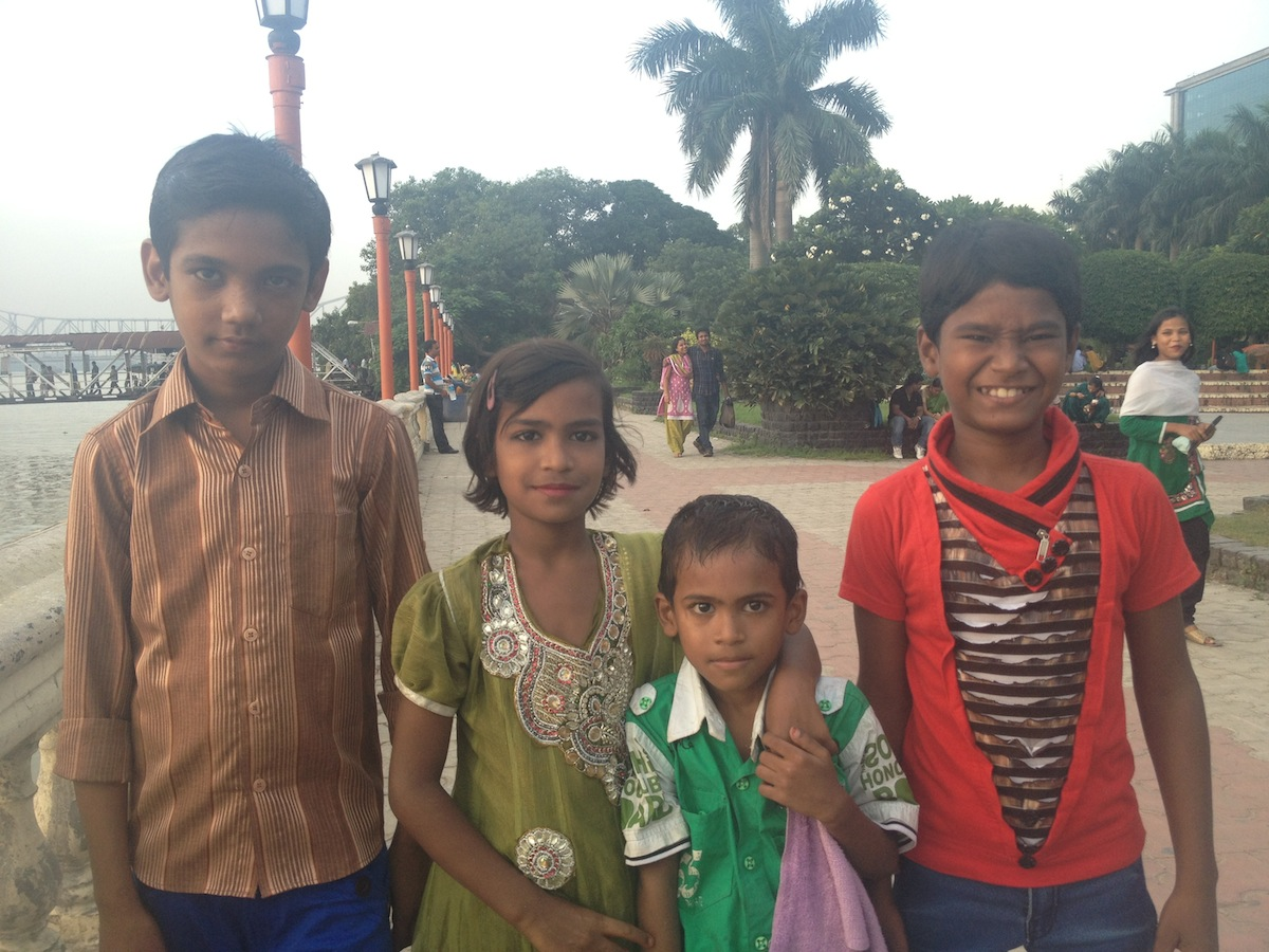 New Friends down by the Hooghly River (Kolkata, India)