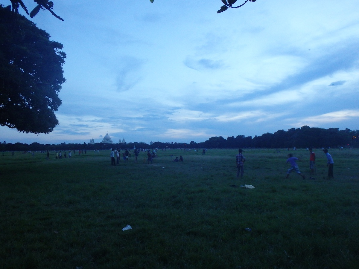 Cricket in the Evening (Kolkata, India)