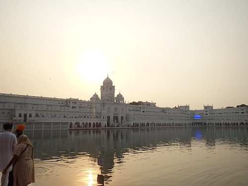 The food kitchen at the Golden Temple (Amritsar, India)