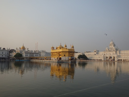 The Golden Temple in the afternoon (Amritsar,India)