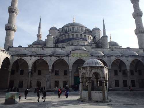 The Blue Mosque from the courtyard (Istanbul, Turkey)